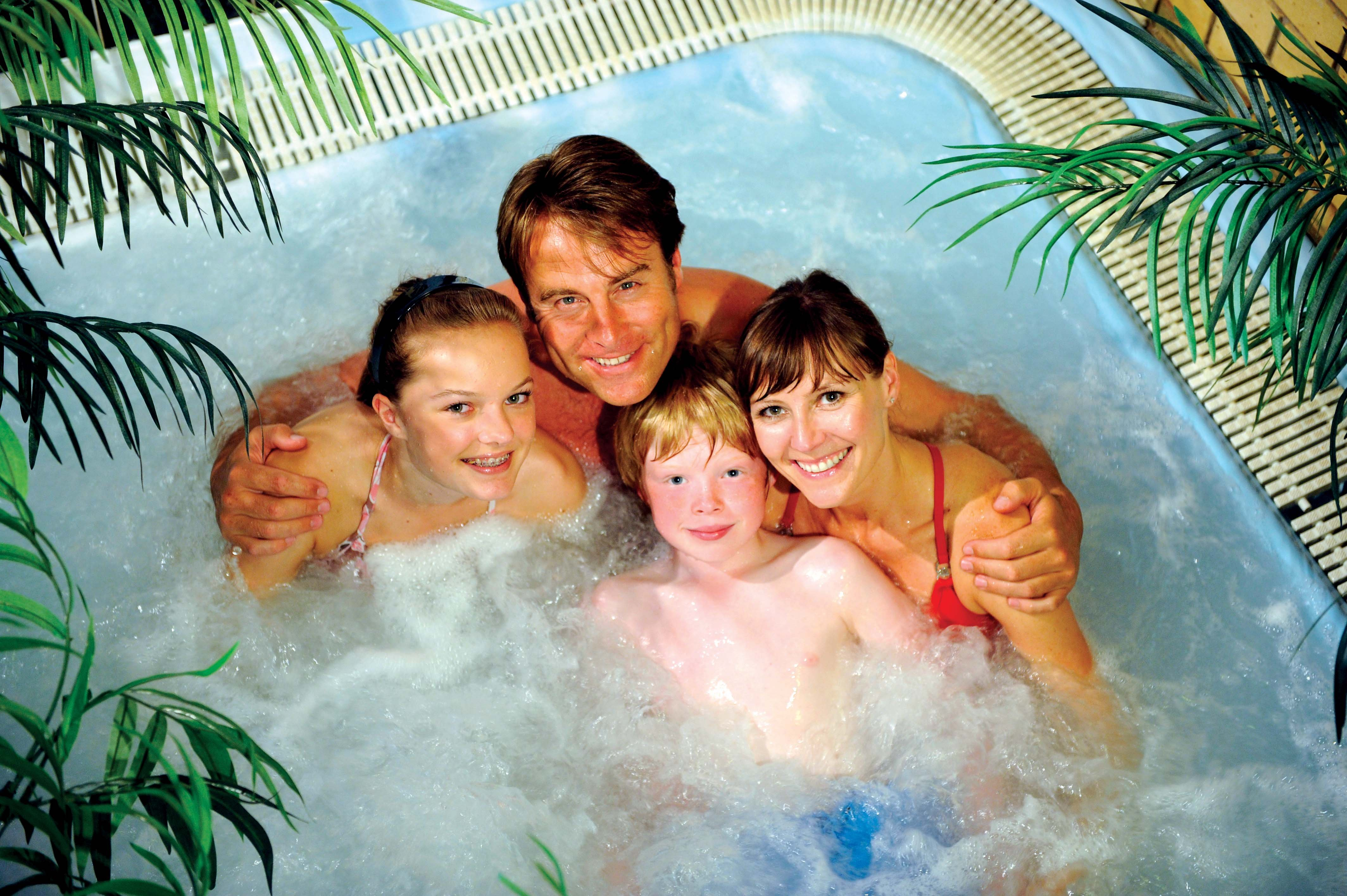 Family hot tub for Hot family pics